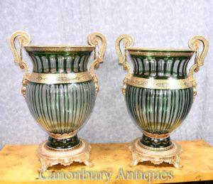 زوج الإمبراطورية الفرنسية قطع الزجاج المزهريات المزهريات المزارعون أورمولو
